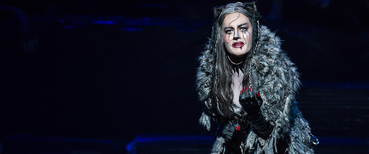 Mamie Parris as Grizabella in CATS - Photo by Matthew Murphy ©