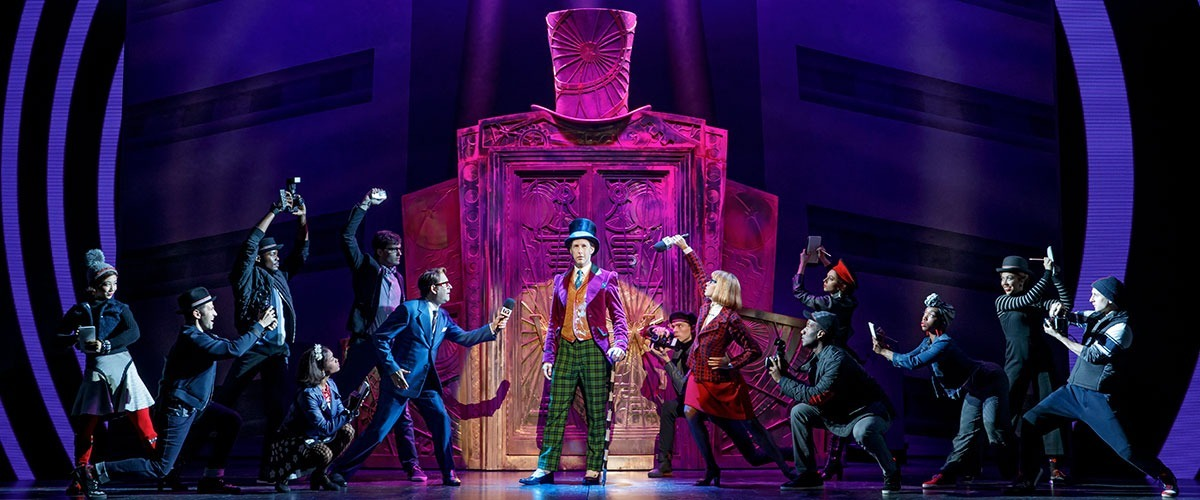 Noah Weisberg as Willy Wonka and company. Roald Dahl's CHARLIE AND THE CHOCOLATE FACTORY. Photo by Joan Marcus ©