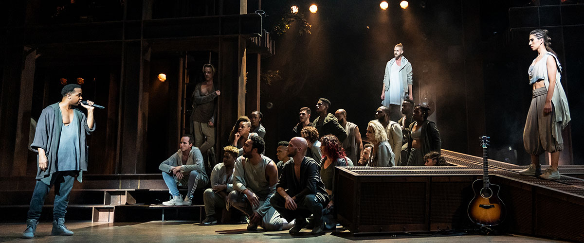 James Delisco Beeks, Aaron LaVigne, Jenna Rubaii and the company of the North American Tour of  JESUS CHRIST SUPERSTAR © Photo by Matthew Murphy