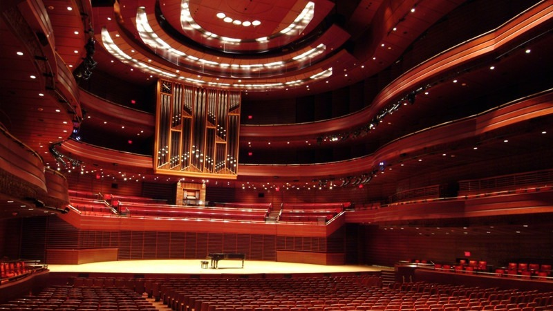 An enormous venue, Verizon Hall features spectacular acoustics and outstanding architecture.