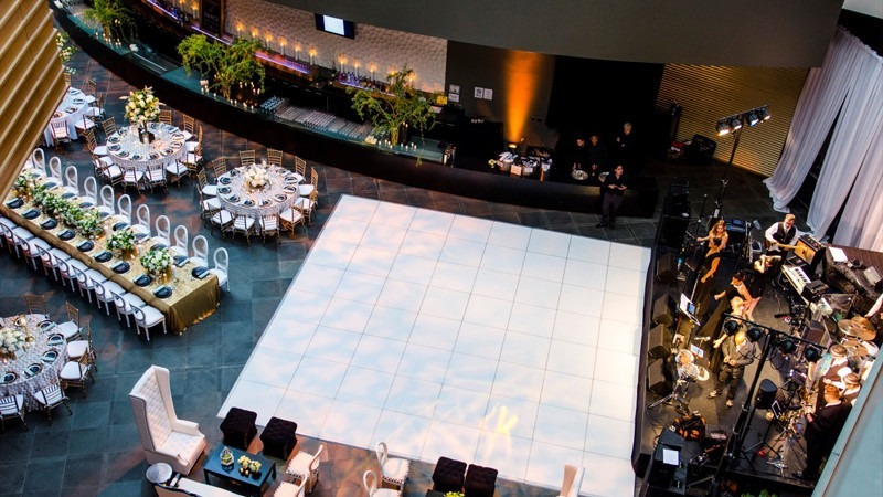 Tables, chairs, and a live band await the arrival of the bride and groom at the Kimmel Center's Commonwealth Plaza.